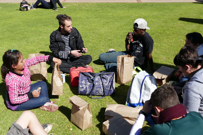 Koen Dekeyser's research focuses on food: the perfect conversation topic for the pic-nic!