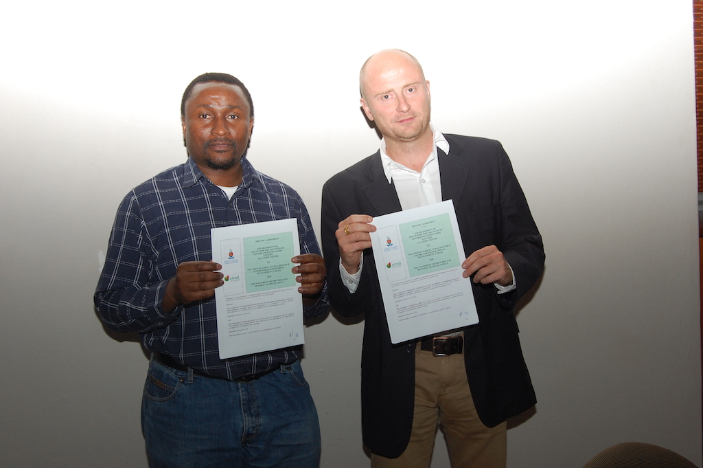 Deputy Director Chris Nshimbi and Co-Director and CIRAD researcher Ward Anseeuw