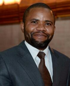 Leon Tshimpaka Mwamba