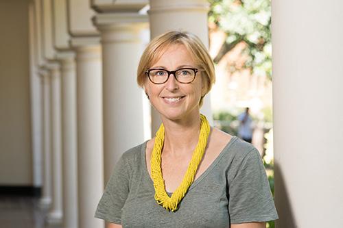 Camilla Adelle